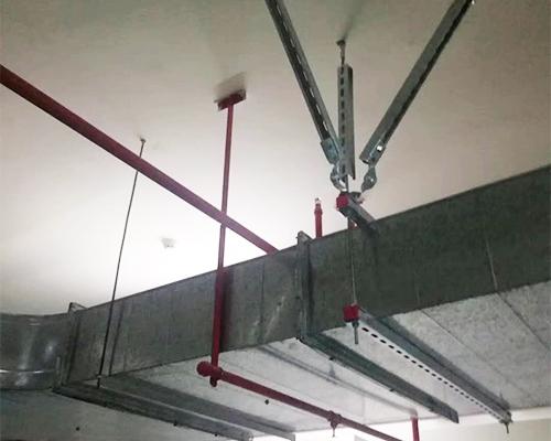 风管抗震支架使用现场