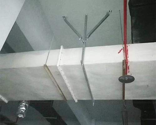 风管抗震支吊架使用现场